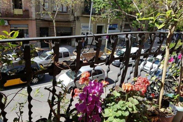 Hostal LK Barcelona - фото 22