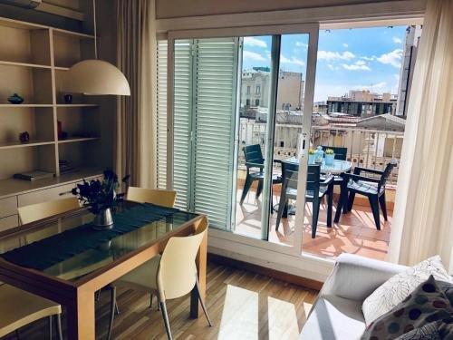 Top Barcelona Apartments Urquinaona - фото 4