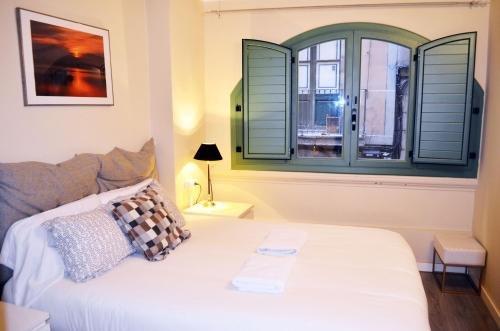 Barcelona Mercaders Apartments - фото 1