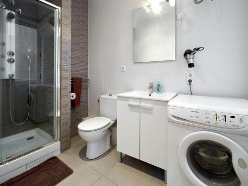 Barcelona Mercaders Apartments - фото 13