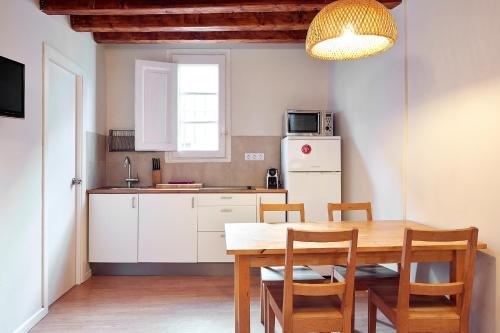 Barcelona Mercaders Apartments - фото 20
