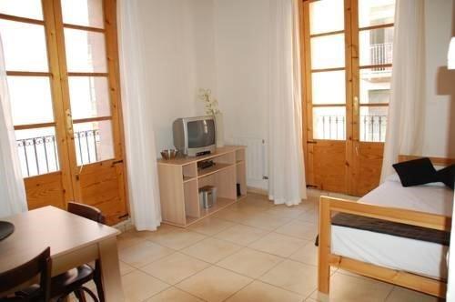 Apartments Nou Rambla - фото 11