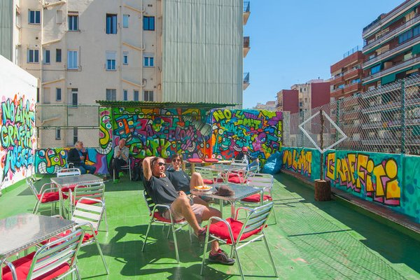 Graffiti Hostel - фото 22
