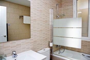 Claris Apartments - фото 10