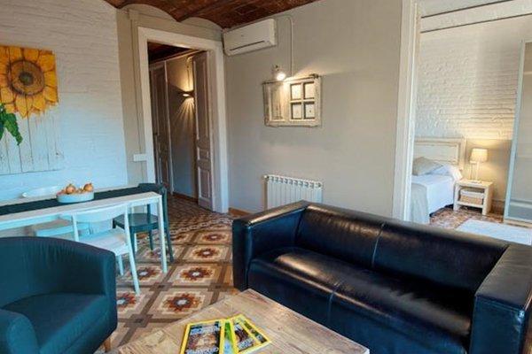 Fuster Apartments - фото 10