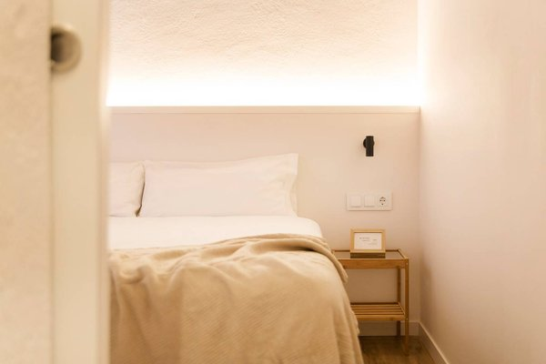 Borne Apartments Barcelona - Decimononico - фото 1