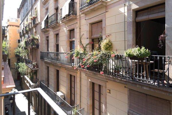 Borne Apartments Barcelona - Decimononico - фото 22