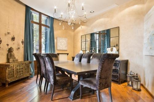 Midtown Luxury Apartments - фото 11