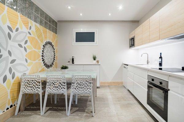 BCN Whynot Granvia Apartments - фото 19