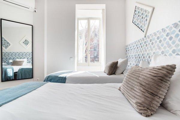 BCN Whynot Granvia Apartments - фото 4