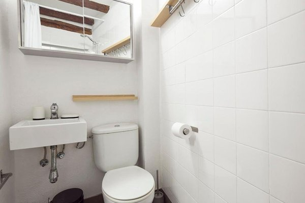 Stay Barcelona Borne Apartment - фото 2