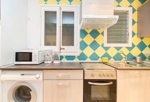 Stay Barcelona Borne Apartment - фото 21