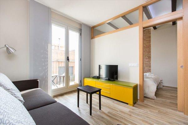 Stay Barcelona Gracia Apartments - фото 8