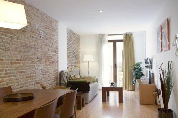 BCN House Apartments - фото 5