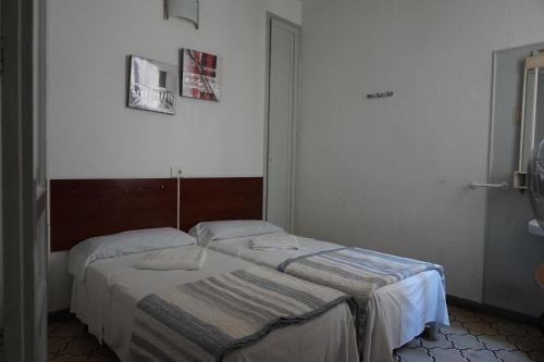Hostal Sant Carlo - фото 10