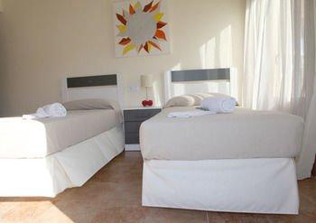 Apartamentos Costaluz Costa Esuri - фото 15