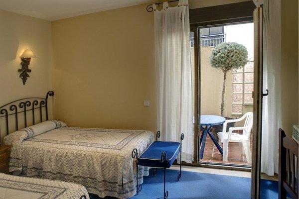 Hotel Arco San Vicente - фото 1