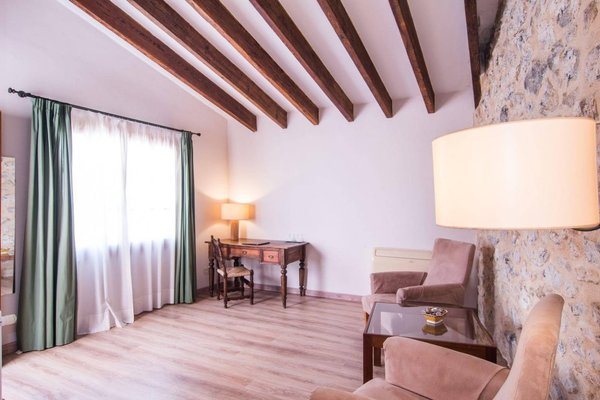 Hotel Ca'n Moragues - фото 4