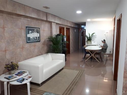 Hotel Residencia Cardona - фото 7