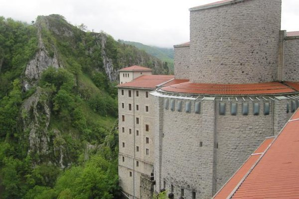 Hotel Santuario de Arantzazu - фото 23