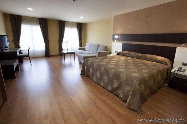 Hotel Villa De Andosilla - фото 1