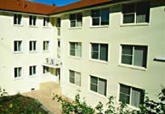 Carlingford Serviced Apartments, Уэст Райд