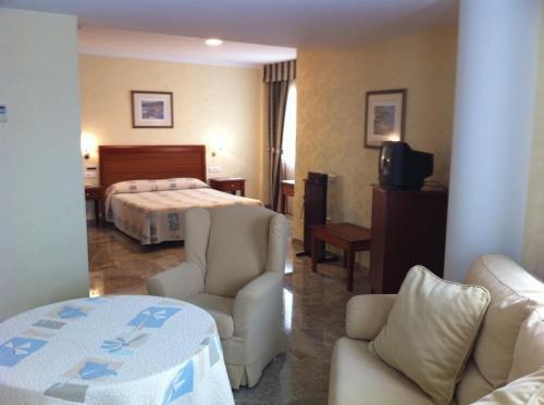 Hotel Bartos - фото 1