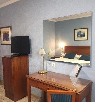 Hotel Bartos - фото 3