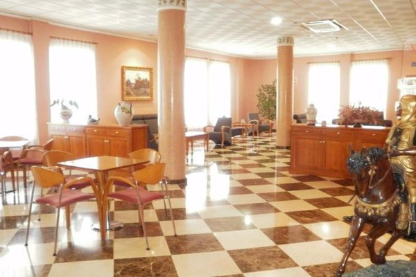 Hotel Isabel - фото 13