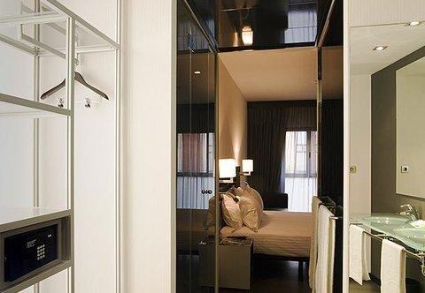 AC Hotel Almeria, a Marriott Lifestyle Hotel - фото 10