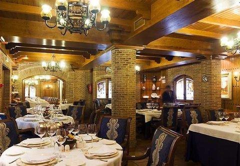 AC Hotel Almeria, a Marriott Lifestyle Hotel - фото 12