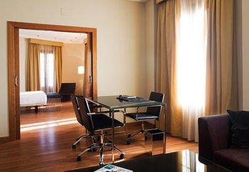 AC Hotel Almeria, a Marriott Lifestyle Hotel - фото 4