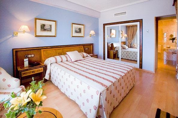 Gran Hotel Almeria - фото 1