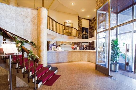 Gran Hotel Almeria - фото 14