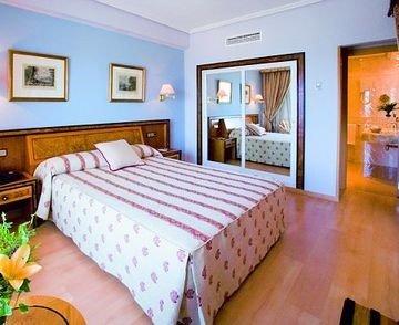 Gran Hotel Almeria - фото 2