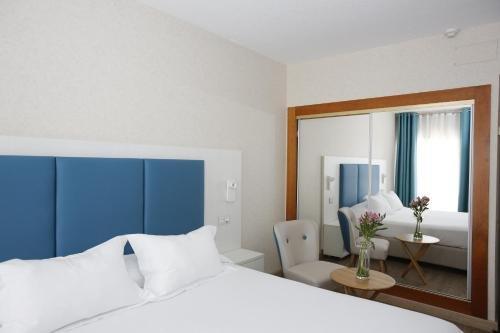 Hotel Castilla Alicante - фото 2