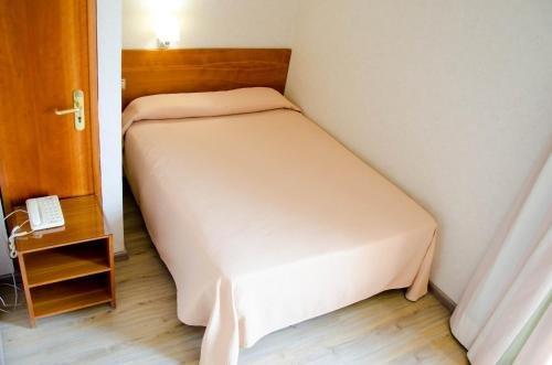 Hotel Castilla Alicante - фото 4