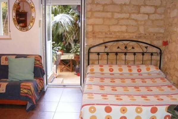 Guesthouse Alicante - фото 1