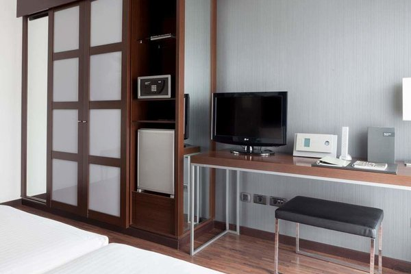 AC Hotel Algeciras, a Marriott Lifestyle Hotel - фото 3