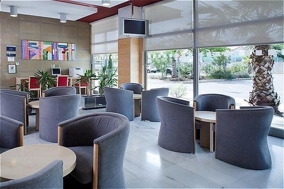 Holiday Inn Express Valencia Bonaire - фото 6