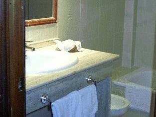Hotel Guadaira - фото 7