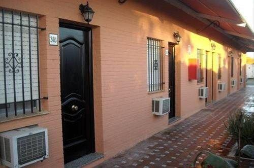 Hostal Nueva Andalucia - фото 10