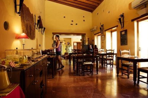 Hotel Rural Casa de Los Camellos - фото 9