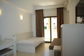 Apartamentos Embat - фото 2