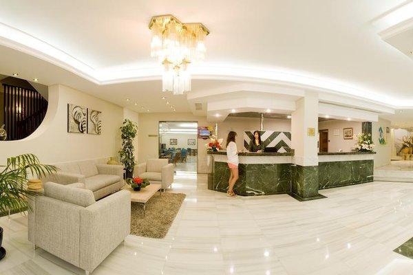HSM Hotel Madrigal - фото 15