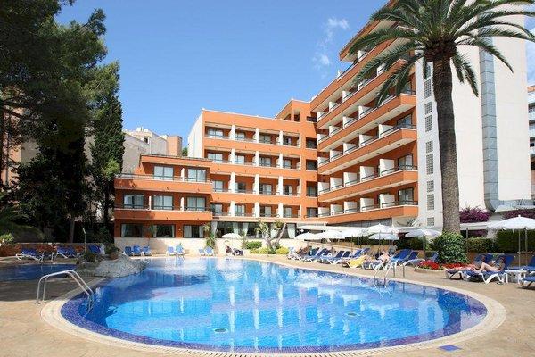 HSM Hotel Madrigal - фото 20
