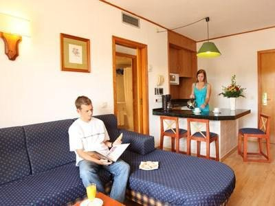 HSM Hotel Madrigal - фото 7