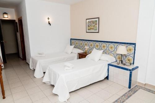 Hotel MatalascaAВ±as Golf - фото 2