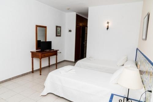 Hotel MatalascaAВ±as Golf - фото 4