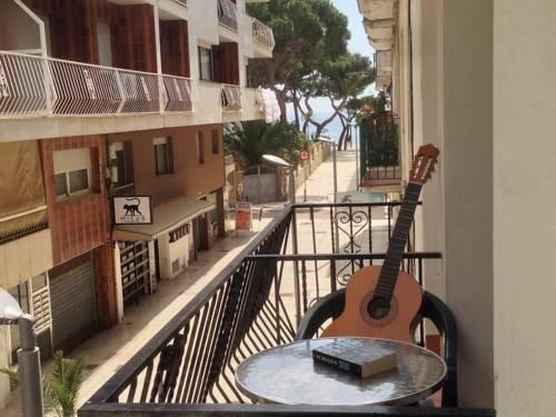 Hostal La Marina - фото 23